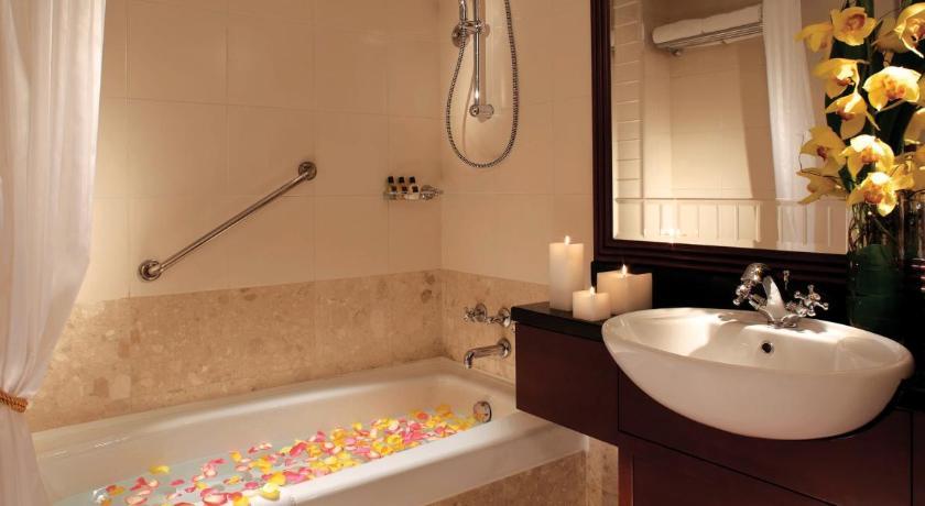 浴缸酒店都會海逸