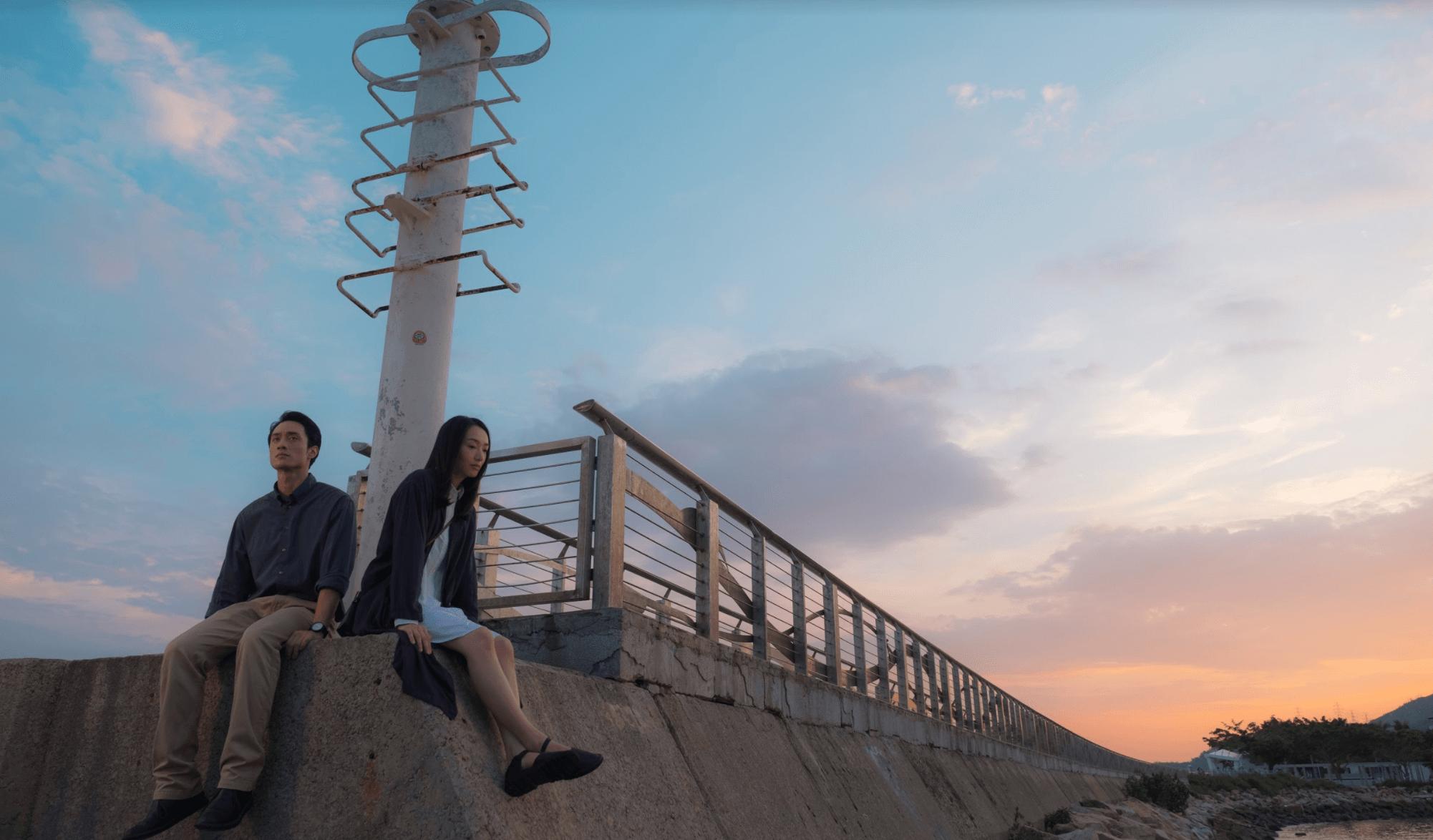 電影《幻愛》於屯門取景,其中一幕攝於屯門碼頭盡頭燈塔下。